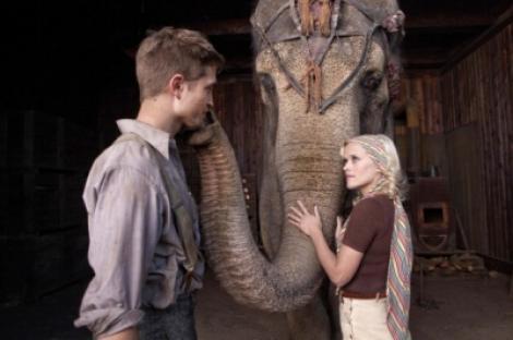 "A1.ro iti recomanda azi filmul ""Water for Elephants - Apa pentru elefanti"""