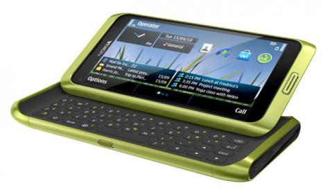 Test tehnic: Nokia E7, gata de business