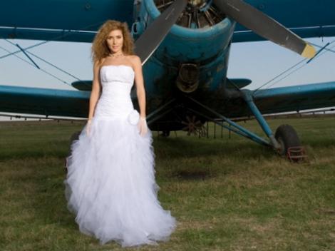 FOTO! Carmen Bruma, in rochie de mireasa