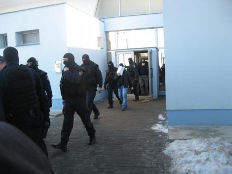 Directorul adjunct al Finantelor Publice Alba, Ioan Dobra, arestat pentru 29 de zile