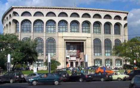 James Thiérrée a uimit publicul Teatrului National