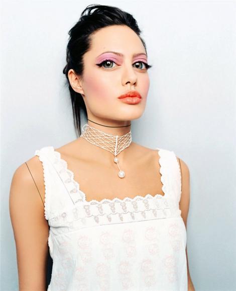 Angelina Jolie va fi o Cleopatra lipsita de senzualitate!
