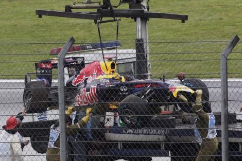 VIDEO! F1: Vettel, protagonistul unui accident spectaculos in antrenamentele din Turcia