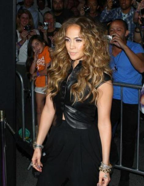 FOTO! Jennifer Lopez, intr-una din zilele proaste