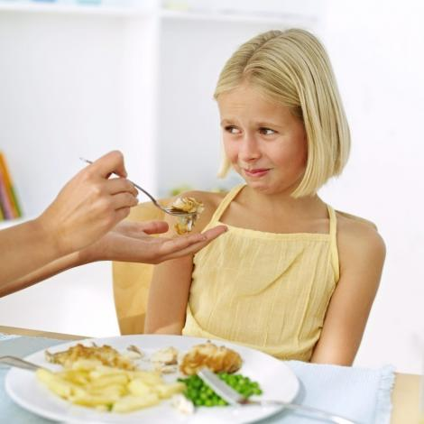 Cum pacalesti copilul sa manance sanatos