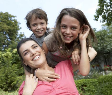 Pleci in concediu? 3 sfaturi esentiale pentru siguranta copiilor tai