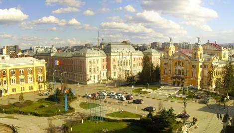 Zeci de angajati ai Operei din Cluj, in greva generala