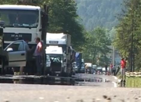 VIDEO! Cozi de 6 kilometri pe DN1 din cauza unui accident!