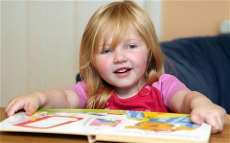 O fetita de 3 ani, cu IQ-ul de 140, este propusa pentru a se alatura organizatiei Mensa