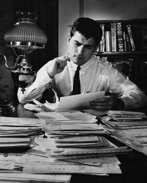 Statul pe scaun la birou creste cu pana la 94% riscul de deces prematur