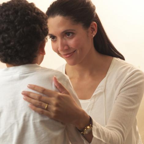 Cum sa iti ajuti copilul daca sufera ca nu este popular