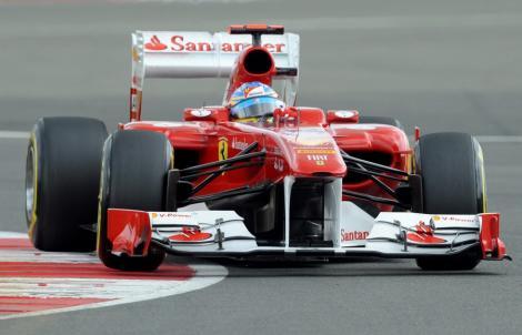 Fernando Alonso s-a impus in MP al Marii Britanii