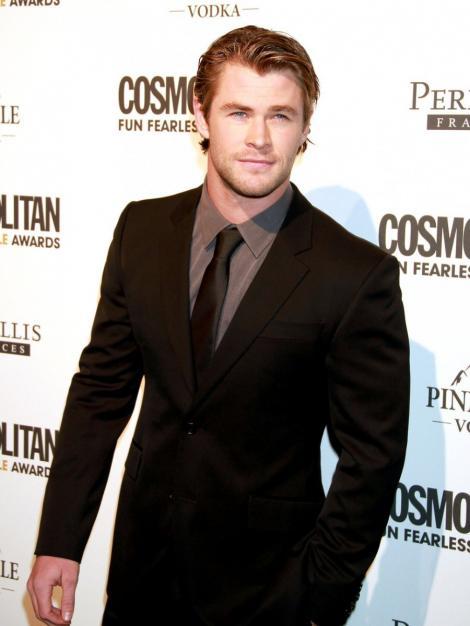 "Chris Hemsworth este pilot de formula 1 in ""Rush"""