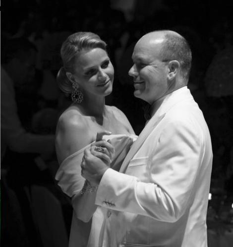 Tatal printesei Charlene confirma ca ea si Albert de Monaco si-au petrecut luna de miere separat