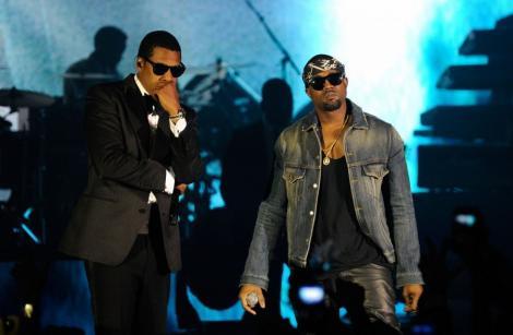 "Kanye West si Jay-Z au lansat piesa ""Watch the Throne"""
