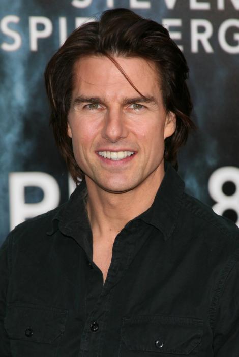 VIDEO! Tom Cruise si-a sarbatorit ziua de nastere in familie