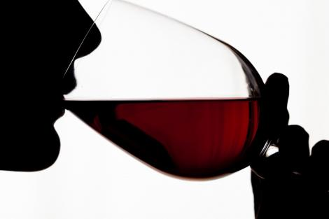 Chinezoaicele beau mai mult whisky decat femeile occidentale