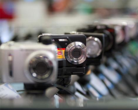 Segmentul foto, singurul in crestere din industria electroIT in 2010, va urca anul acesta cu 30%