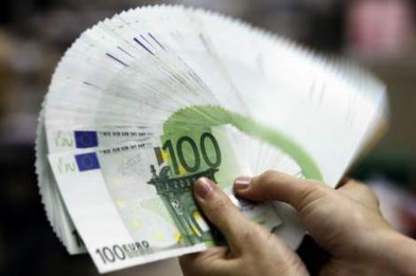 Strainii au depus in bancile autohtone 3,4 mld. euro
