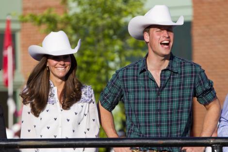 SUA: Ducii de Cambridge starnesc febra regala