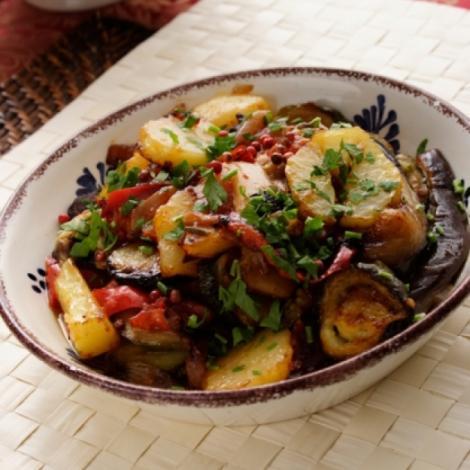 Reteta de post a zilei: legume cu naut la cuptor