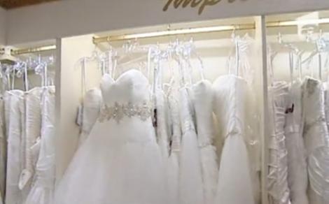 VIDEO! Inchirierea rochiilor, solutia la care apeleaza tot mai multe mirese