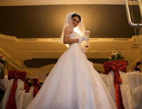 """Adelina Pestritu: """"Nunta cu Liviu, cel mai frumos moment din viata mea"""""""