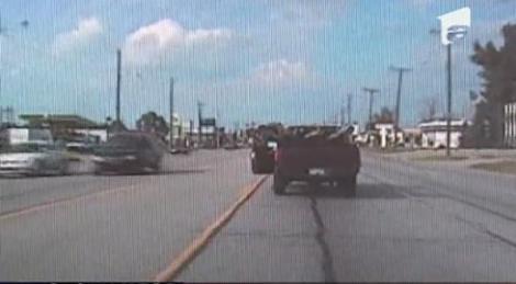 Un sofer american si-a folosit picioarele pe post de frana sa opeasca la semafor