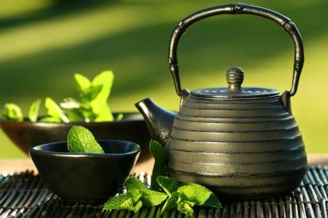 Zece beneficii uluitoare ale ceaiului verde asupra organismului