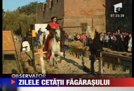 """VIDEO! Cavalerii teutoni s-au luptat la """"Zilele cetatii Fagarasului"""""""