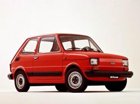 VIDEO! Broscutele Maluch (Fiat 126P) au defilat in Polonia