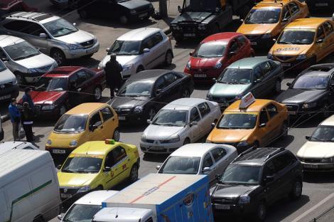 Romanii au cumparat cu peste 10% mai putine masini in 2011