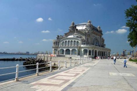 Cazinoul din Constanta va fi preluat de MDRT pentru a fi renovat