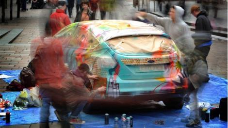 GALERIE FOTO! Ford Focus, decorat cu graffiti
