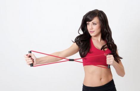 Exercitiile cu banda elastica iti cresc rezistenta!