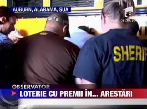 VIDEO! Politia americana a arestat doi suspecti promitandu-le bilete la un meci de fotbal