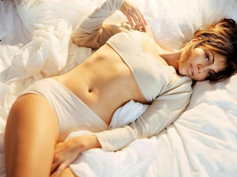 "Jennifer Lopez, o agenta imobiliara frigida in ""Parker"""