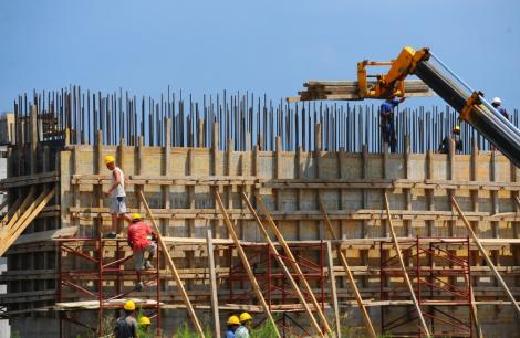 In ciuda restrictiilor, angajatorii spanioli cauta in continuare romani