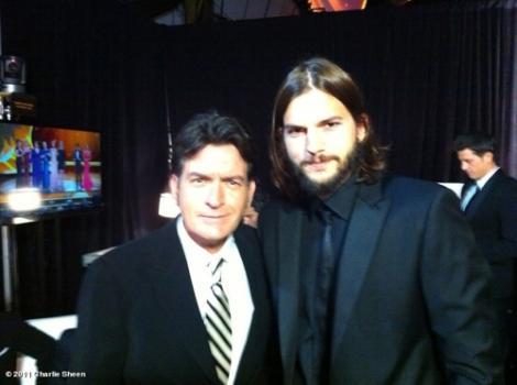 VIDEO! Charlie Sheen si Ashton Kutcher au aparut pentru prima data impreuna
