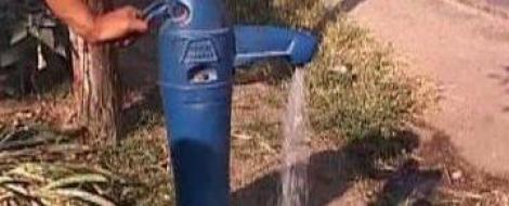 VIDEO! In Dolj curg viermi la robinet