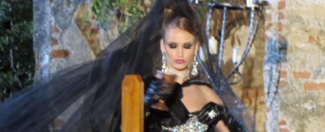 Prezentare de moda in cimitir la Next Top Model