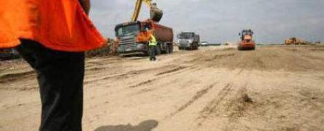Guvernul a aprobat un nou contract cu Bechtel. Costurile, reduse cu 6,9 milioane de euro/km