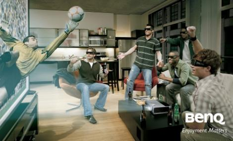 FOTO! BenQ lanseaza W700, un proiector HD 3D Ready adresat segmentului home-entertainment