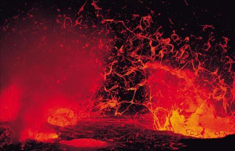 VIDEO! Eruptia vulcanului Kilauea din Hawaii, unul dintre cei mai activi din lume