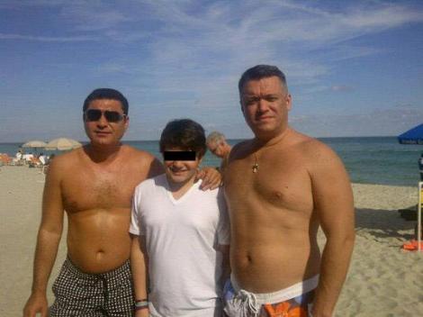FOTO! Cristi Borcea, cu burta la vedere in Miami
