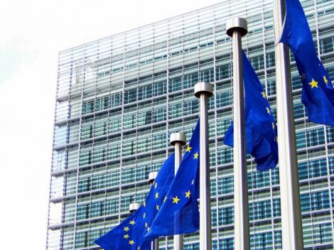 CE someaza Ungaria sa modifice legile controversate