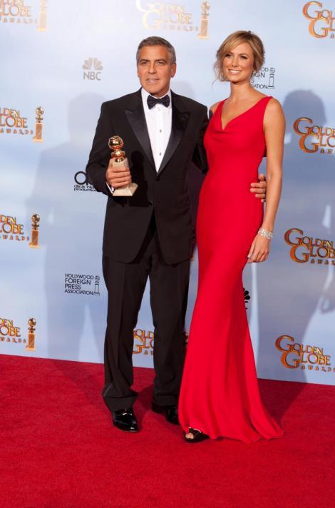 """""""The Artist"""" si """"The Descendants"""", cele mai bune filme la Globurile de Aur 2012! Vezi lista castigatorilor!"""
