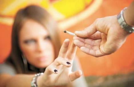 Un deputat polonez vrea sa fumeze marijuana in Parlament