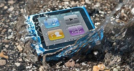 Apple si Samsung vor crea smartphone-uri rezistente la apa