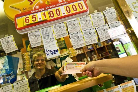 Marea Britanie: Biletul loto de un milion de lire, aproape pierdut
